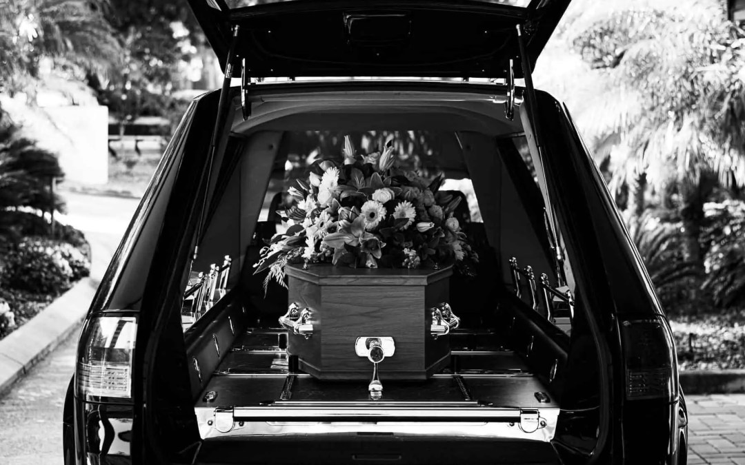 How To Plan A Funeral Reception: A 5-Item Checklist