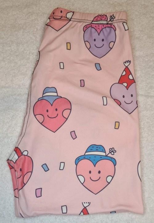 Hard Candy Hearts Regular Band Printed Capri Length Leggings
