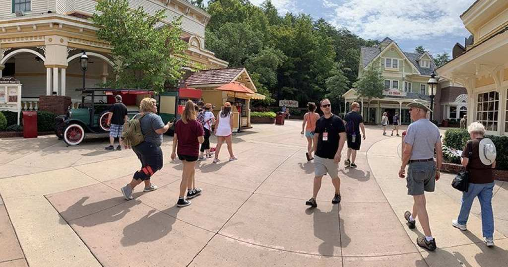 Dollywood Showstreet