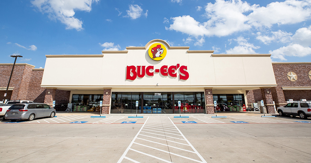Buc-ees storefront