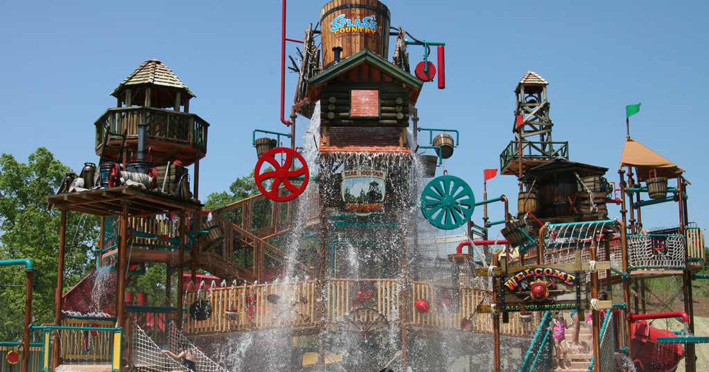 Dollywood Splash Country play area