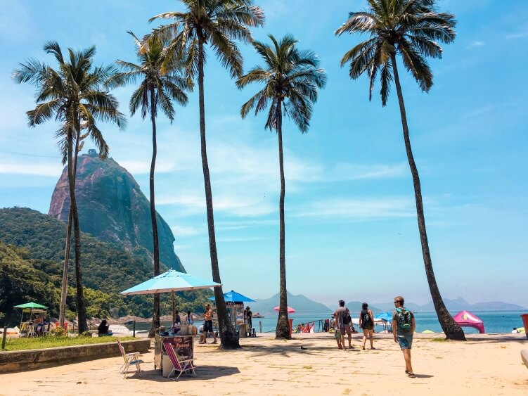 The beautiful Praia Vermelha beach in Urca neghbourhood which is also the starting point of the hike to Morro da Urca.