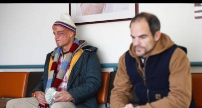 Woody Harrelson and Michael Kelly in Defendor.