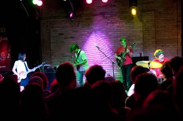 Deerhoof at Pyramid Cabaret