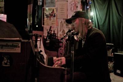Scott Nolan at NeilFest 2010, Times Change(d) Cafe, Winnipeg, Nov 13 2010. Wade Little photo