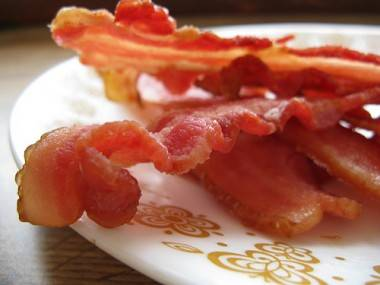Strips of crispy bacon