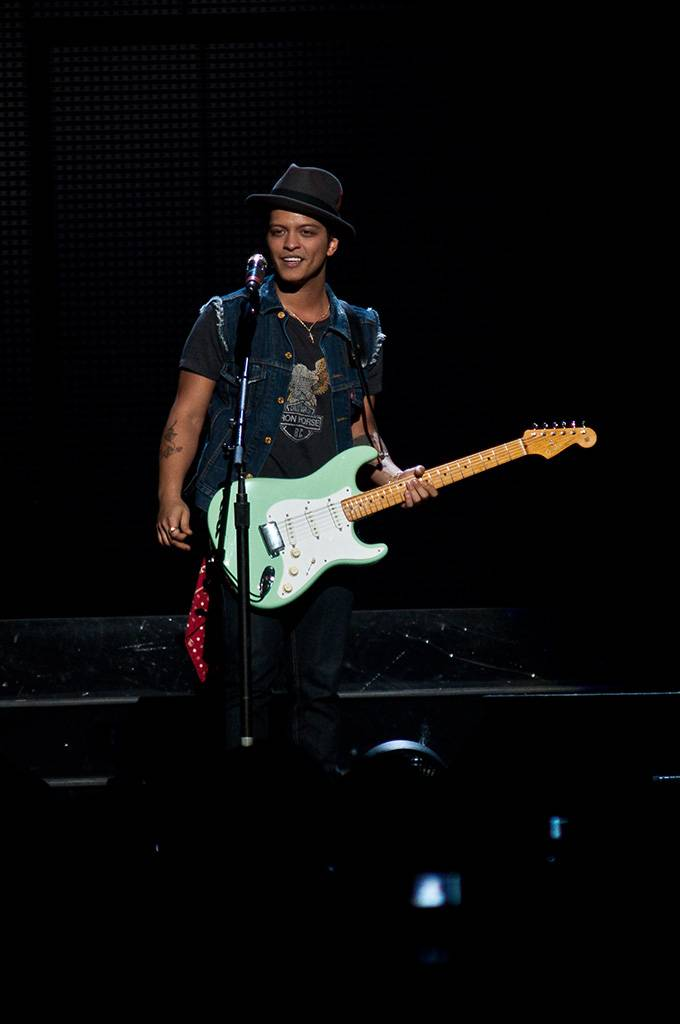 Bruno Mars at Rogers Arena, Vancouver, June 3 2011. Ashley Tanasiychuk photo