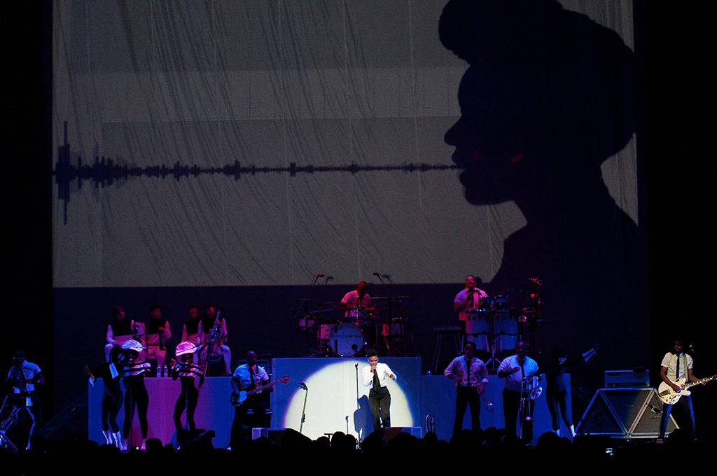 Janelle Monae at Rogers Arena, Vancouver, June 3 2011. Ashley Tanasiychuk photo