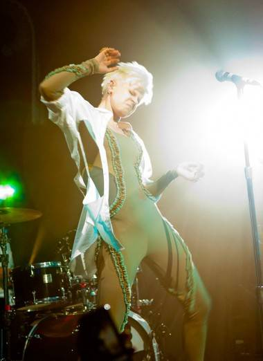 Robyn performing live