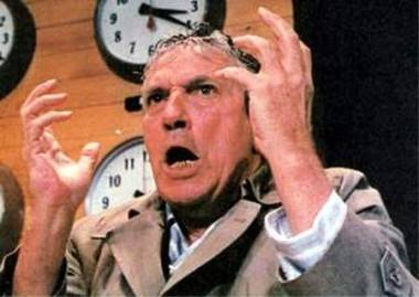 Peter Finch as Howard Beale movie image