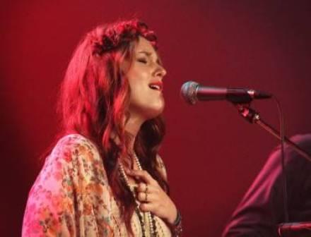Leighton Meester Vancouver concert photo