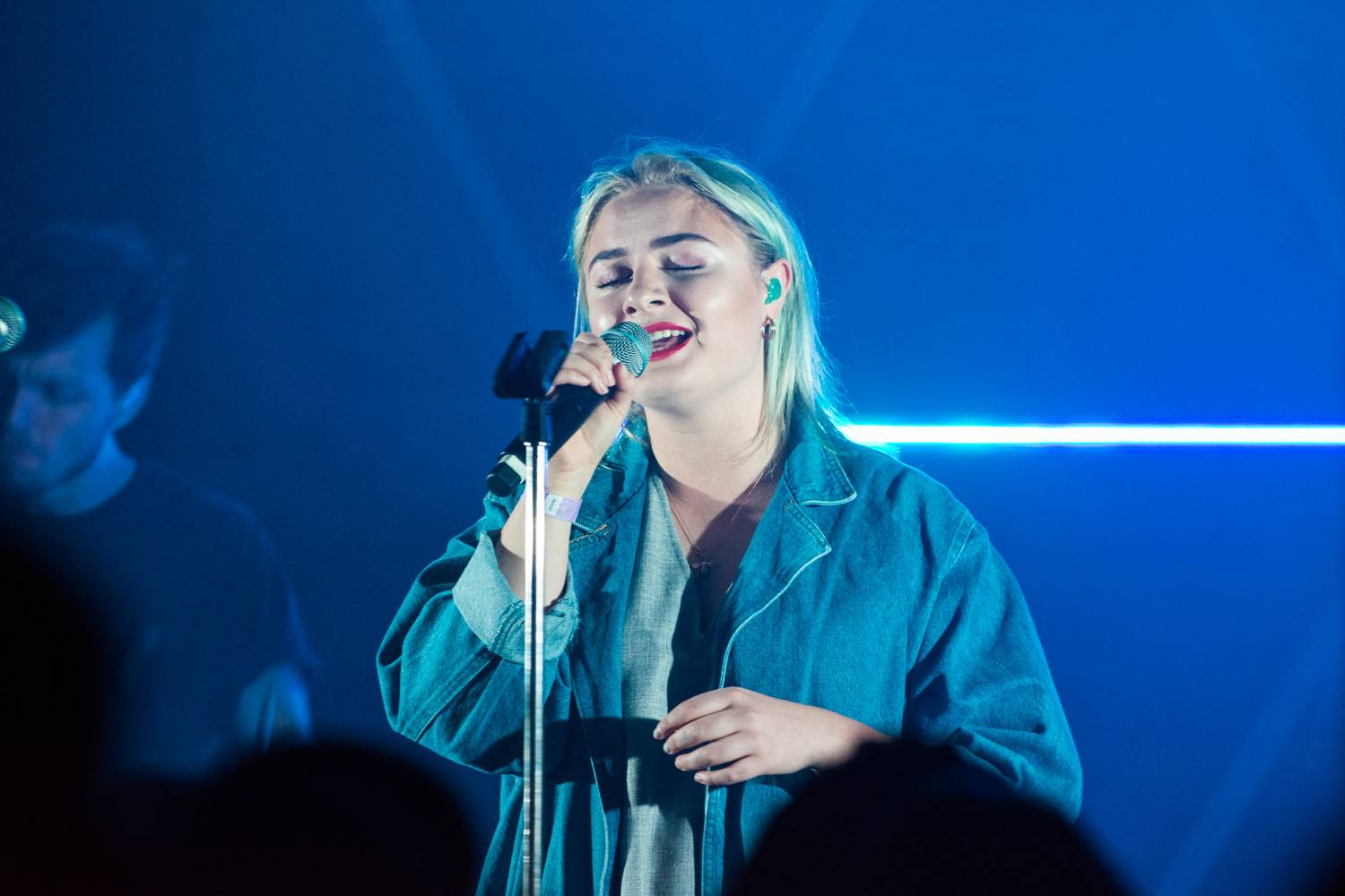 Lapsley at Fortune Sound Club, Vancouver, Apr. 26 2016. Pavel Boiko photo.