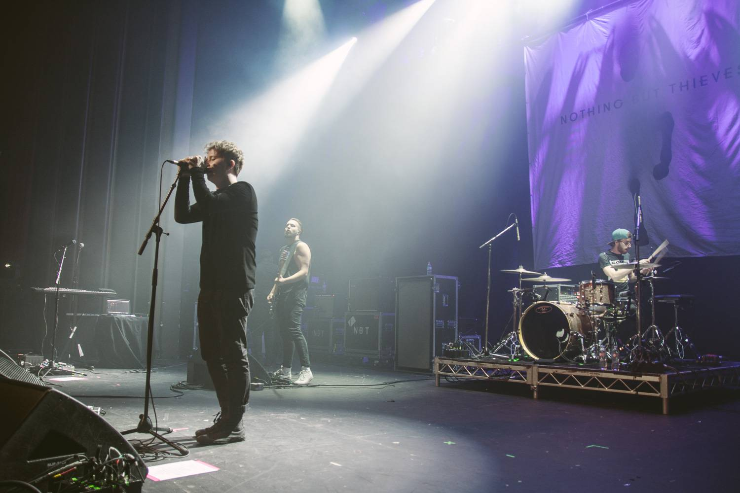 Nothing But Thieves at the Vogue Theatre, Vancouver, Sept. 14 2016. Pavel Boiko photo.