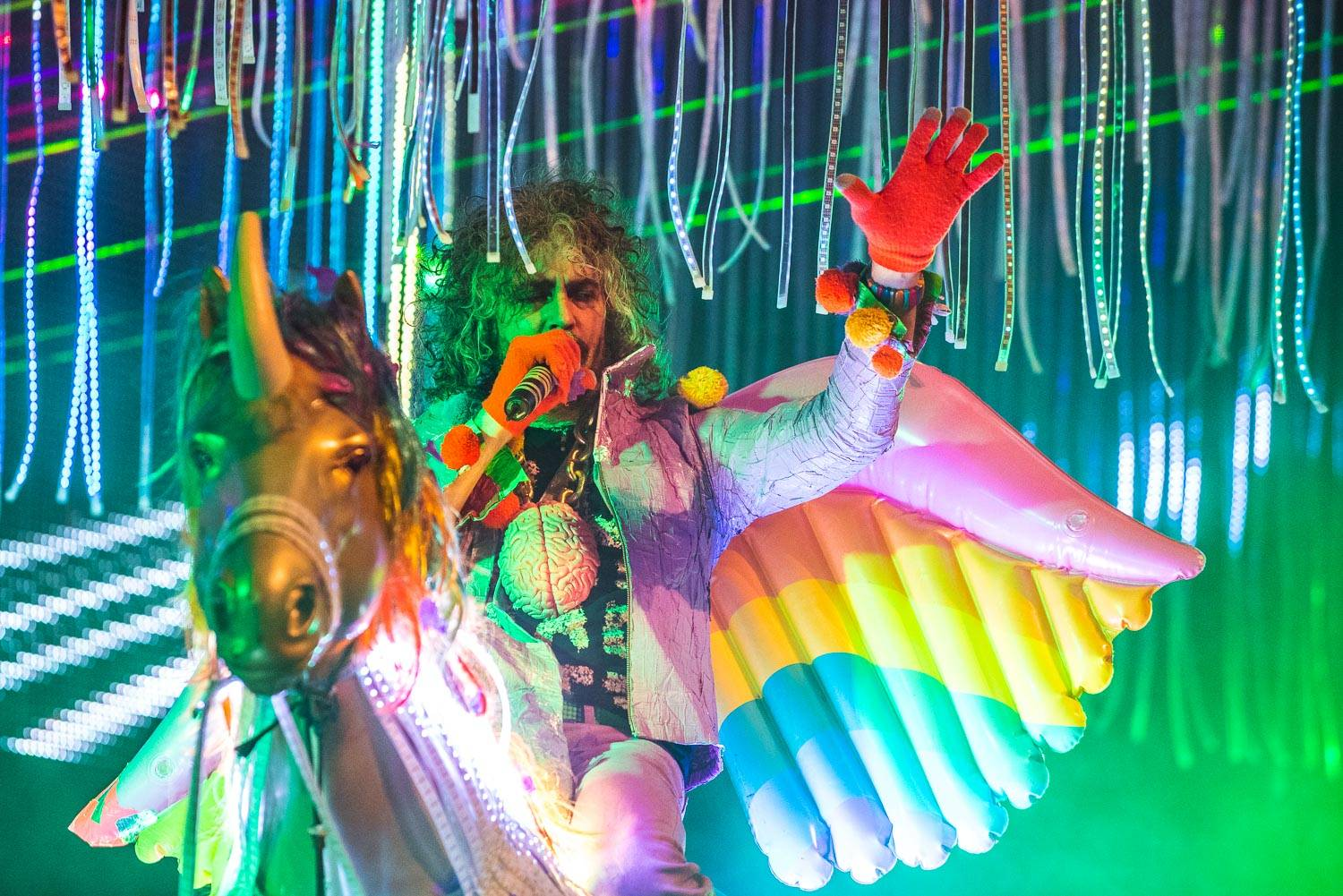 Flaming Lips at the Queen Elizabeth Theatre, Vancouver, May 15 2017. Pavel Boiko photo.