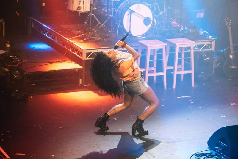 Jessie Reyez at the Vogue Theatre, Vancouver, Oct 16 2018. Pavel Boiko photo.