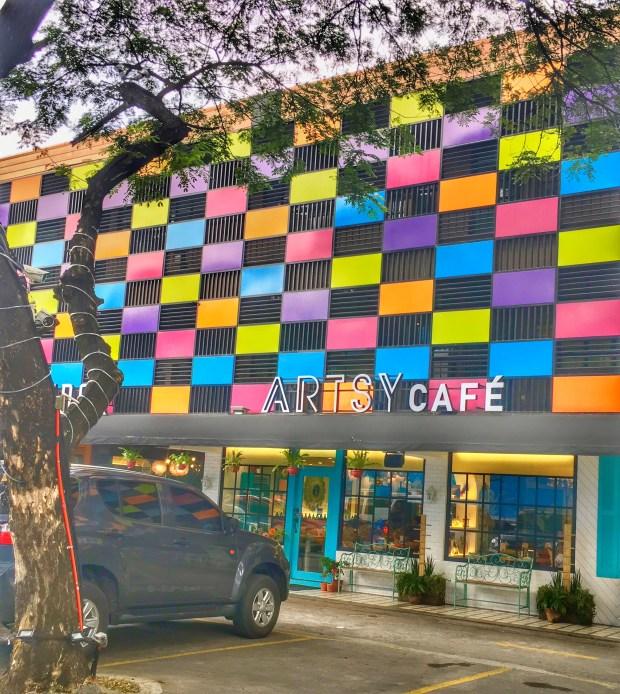 Artsy Cafe