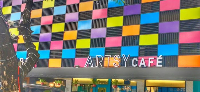 Artsy Cafe: A Colorful Lunch