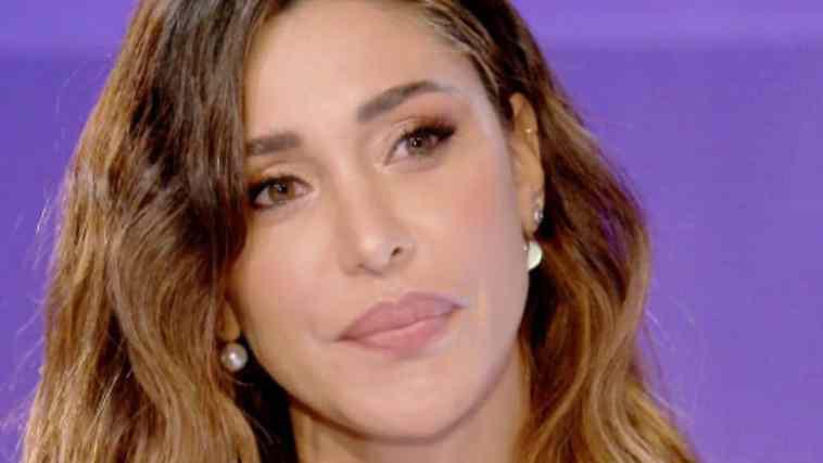 Belen Rodriguez presto mamma di Luna Marie: la showgirl rivela quante settimane mancano al parto