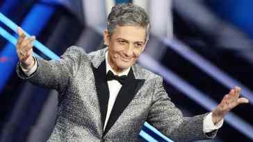 Fiorello, chi è il comico e conduttore amato dagli italiani: dagli inizi della sua carriera alla vita privata