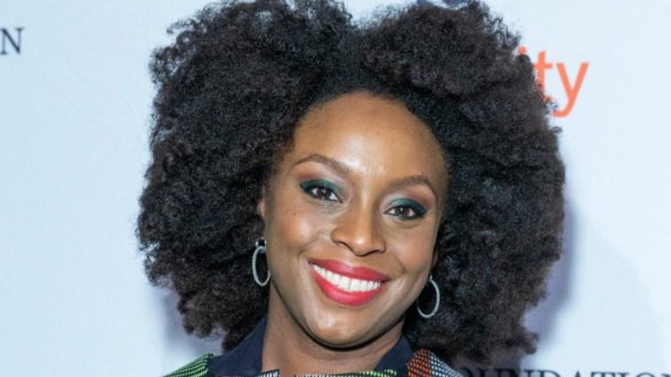 """Salone del Libro apre Chimamanda Ngozi Adichie: """"Il mio sogno per il mondo post-Coronavirus"""""""