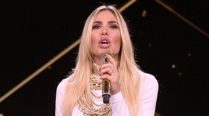 Star in the Star: Ilary Blasi va in onda con la finale del discusso show di Canale 5. Chi vincerà?