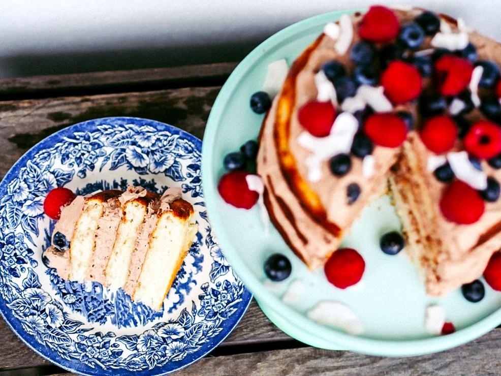 Mandelkuchen mit Kokos-Schoko-Creme