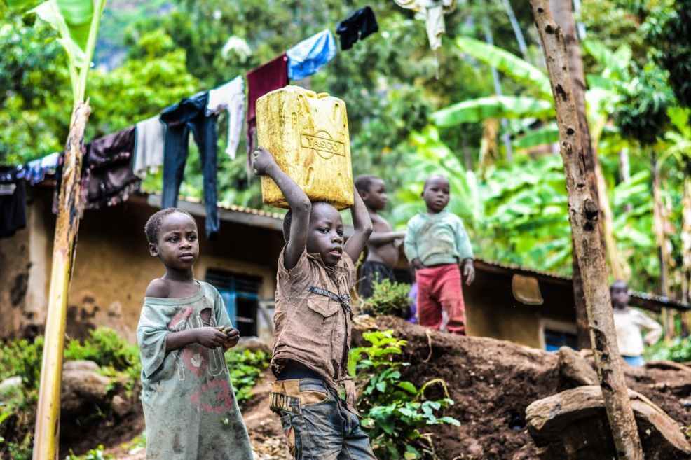 Kinderarbeit für Smartphones Afrika nachhaltiges smartphone - gibt es das?