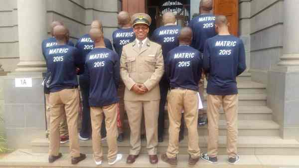 Correctional Services chief gives Free State inmates a ...