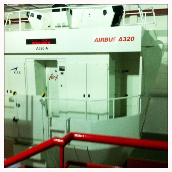 airasia-academy-pilot-simulator-airbus-a320