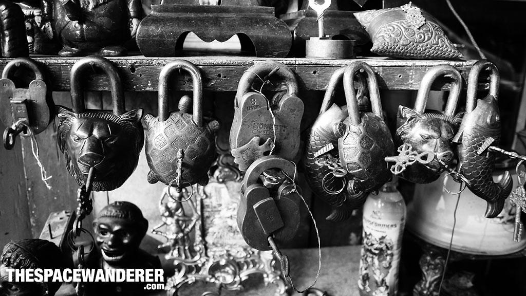 Kunci-kunci Antik Jalan Surabaya 1 Agustus 2014
