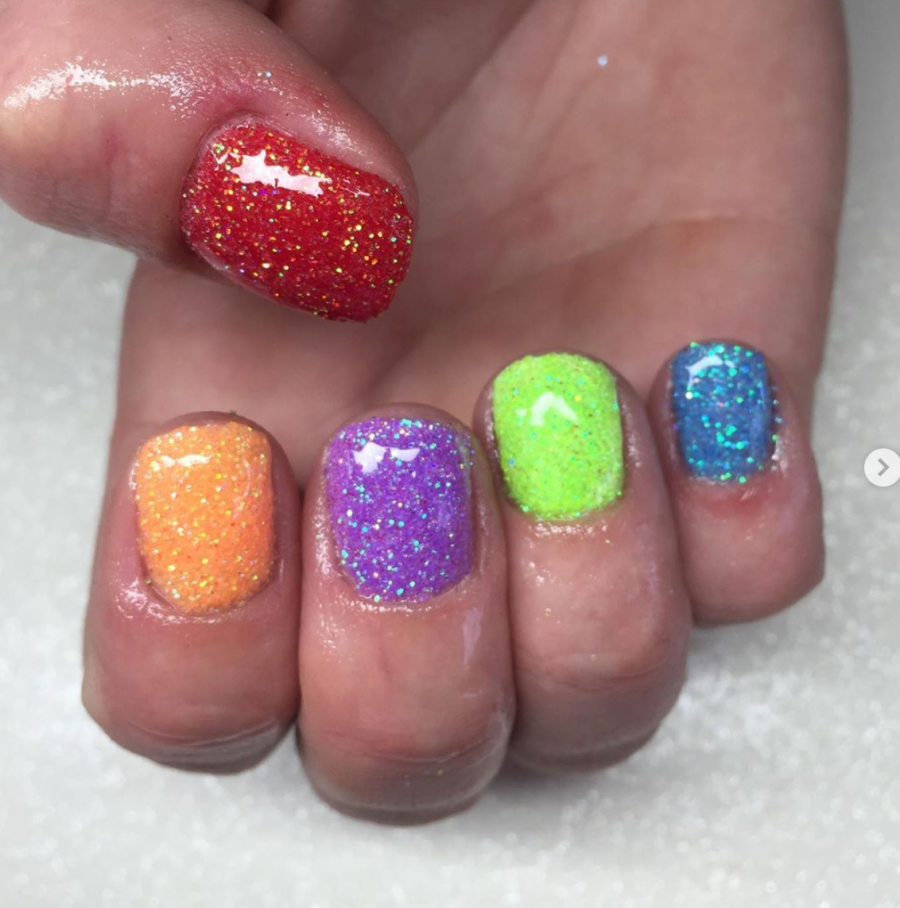 Super Sparkling Rainbow Nails