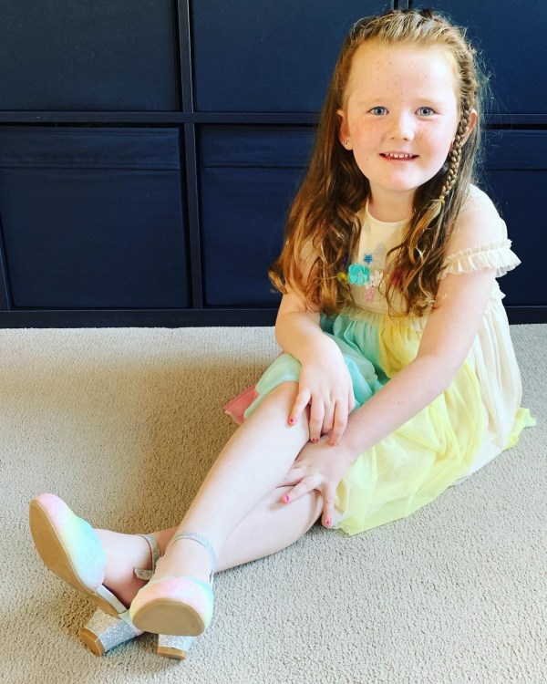Girls pastel rainbow colours sparkly low heeled shoes -6136
