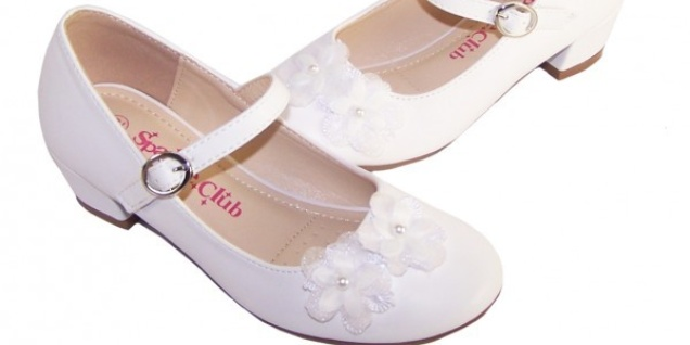 girls-white-low-heeled-bridesmaid-shoes-cheri-4