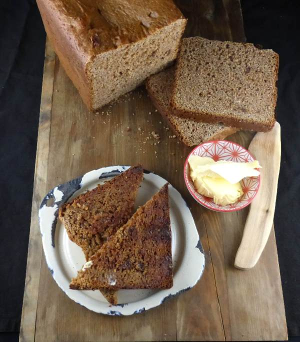 picture of wholemeal bread