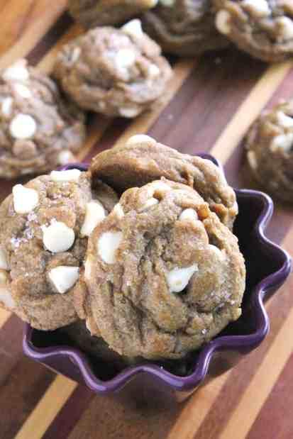 Pumpkin White Chocolate Chip Macadamia Nut Cookies | The Spiffy Cookie