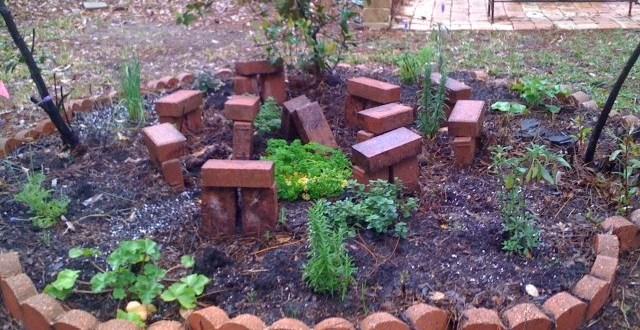 Herb Garden Stonehenge