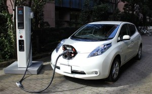 electric-car_2464620b