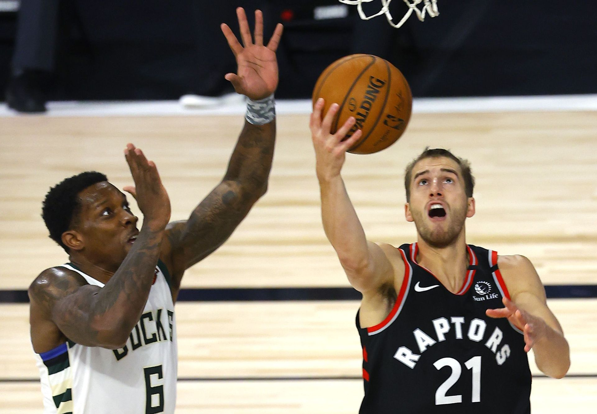 NBA: Toronto Raptors bench step up to beat the Milwaukee Bucks in the battle of the top two seeds - THE SPORTS ROOM