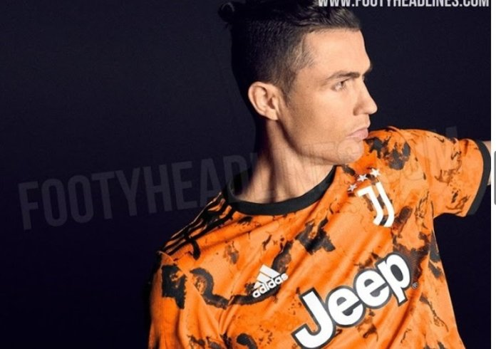 Ronaldo in a Hull shirt: Netizens banter as Juventus third kit leaks online - THE SPORTS ROOM