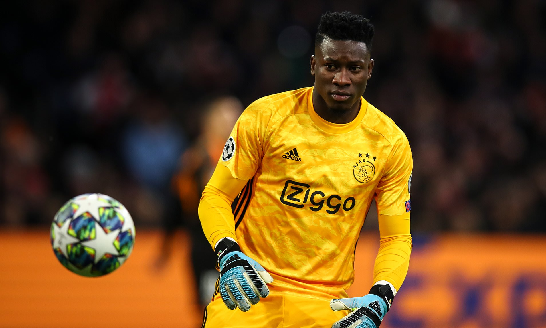 """A """"lightening"""" save-Andre Onana helps bring electricity to his maternal village - THE SPORTS ROOM"""