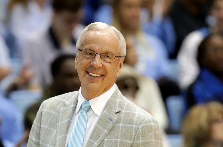 Roy Williams calls it quits after 48 years of glorious coaching career - THE SPORTS ROOM