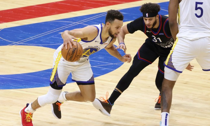 Stephen Curry breaks a slew of records in Warriors' win over 76ers