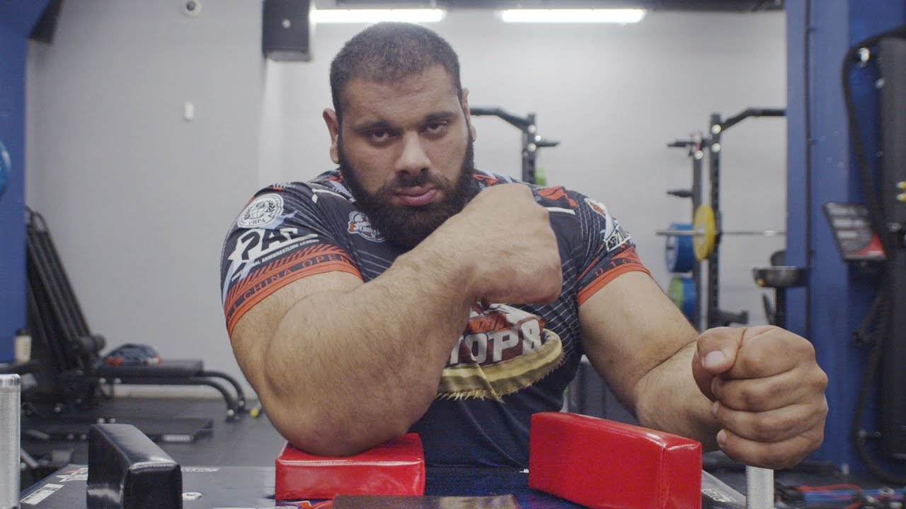 """Everything you need to know about Levan """"The Georgian Hulk"""" Saginashvili - THE SPORTS ROOM"""