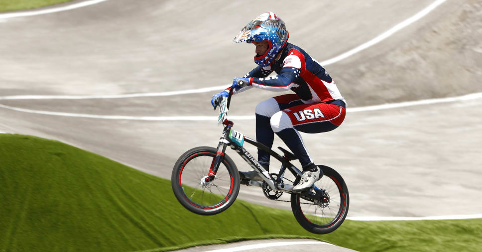 Gold medallist Connor Fields rushed to the hospital after BMX crash at the 2021 Tokyo Olympics - THE SPORTS ROOM