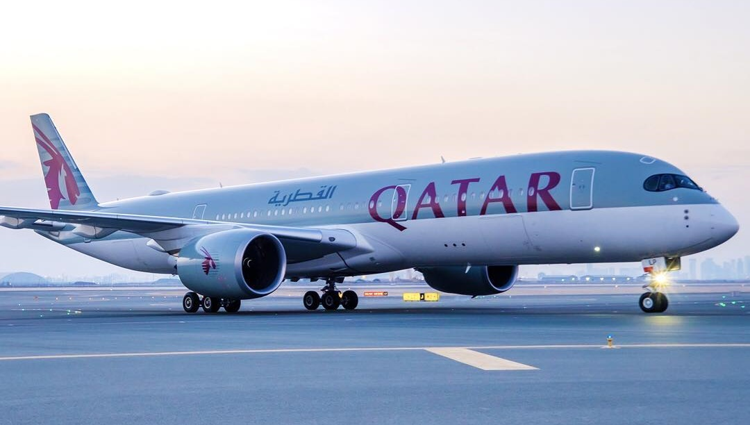 Cheating husband flight diverted Qatar Airways