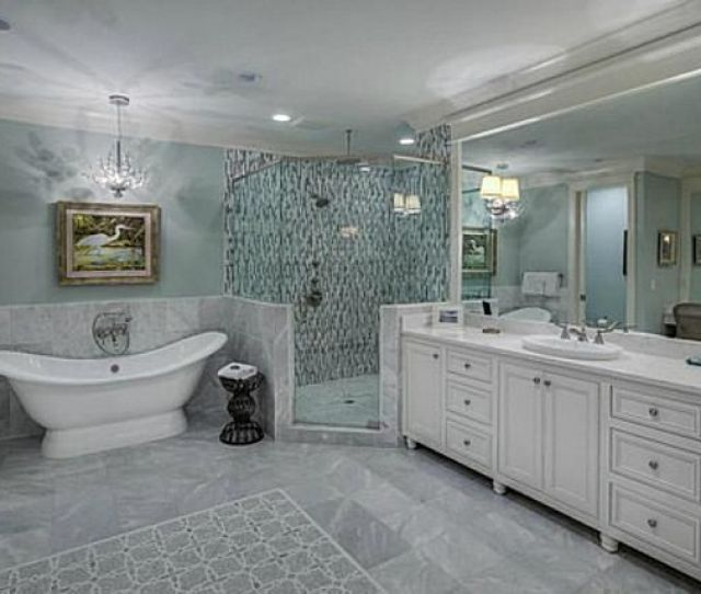Beach Style Bathroom Room With White And Gray Marble