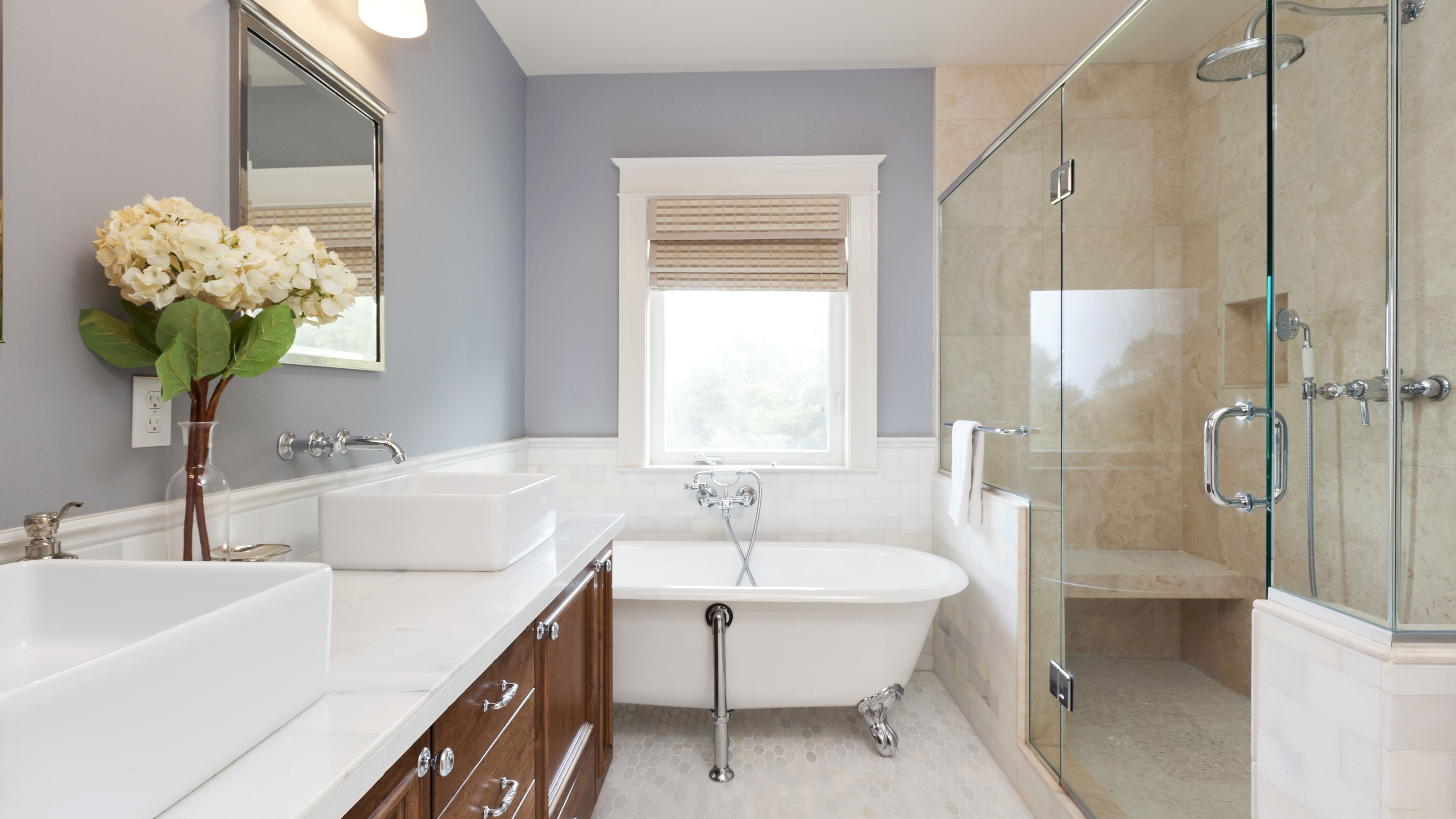 How To Choose Between A Walk In Shower Vs Tub