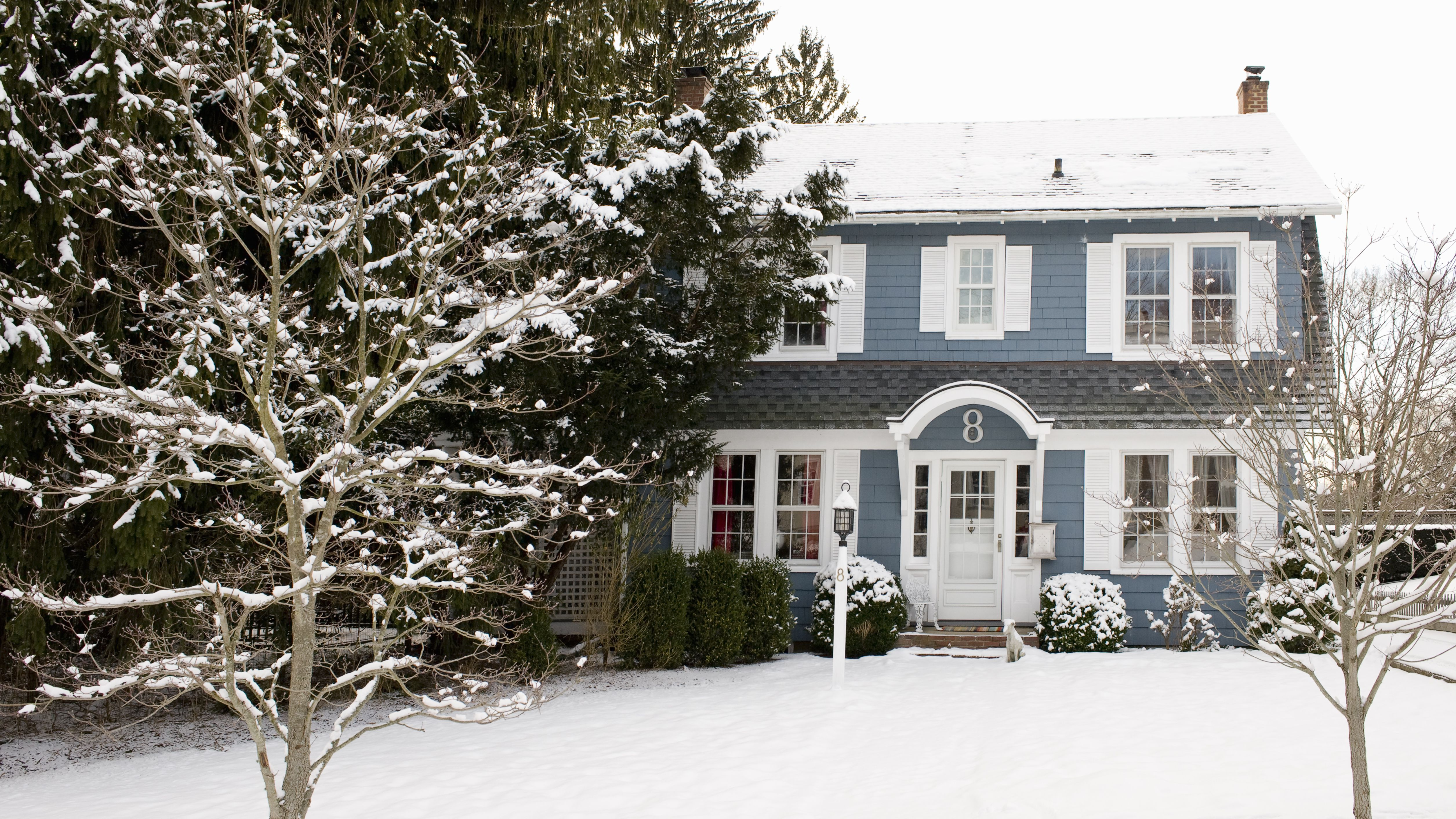 7 Reasons to Buy a House in the Winter