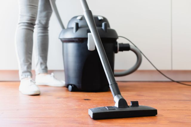20 Surprising Uses for Your Vacuum Cleaner
