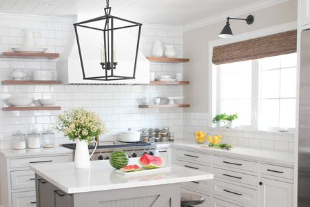 drool worthy modern farmhouse kitchen hero